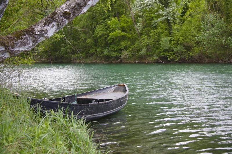 Boot auf dem Rheinseitenkanal