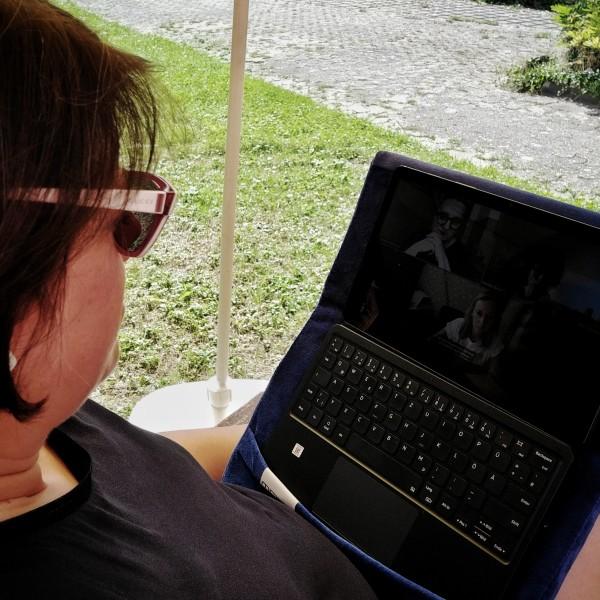 Die Q&A zu The Blog Bang mit Judith als Facebook Live angeschaut
