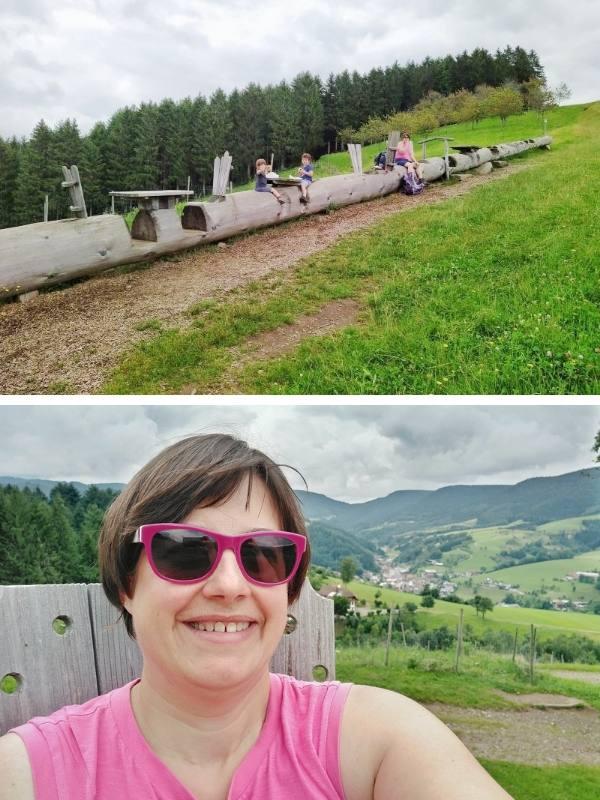 Wanderung Vesperweg und Naturerlebnispfad Oberharmersbach - Baumstamm auf dem Vesperweg
